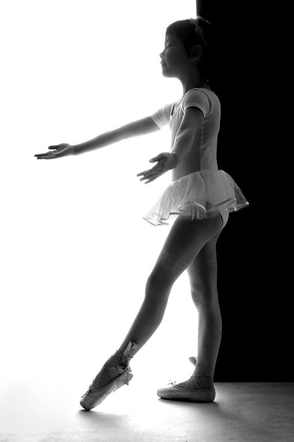 маленькая балерина, выход на сцену балерины
