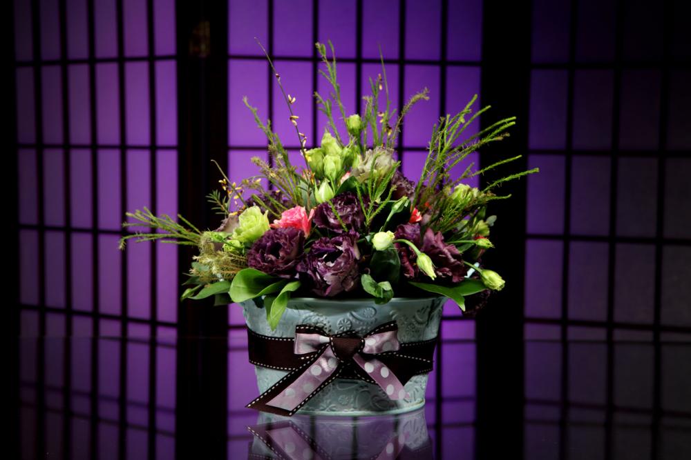 цветы в ведёрке