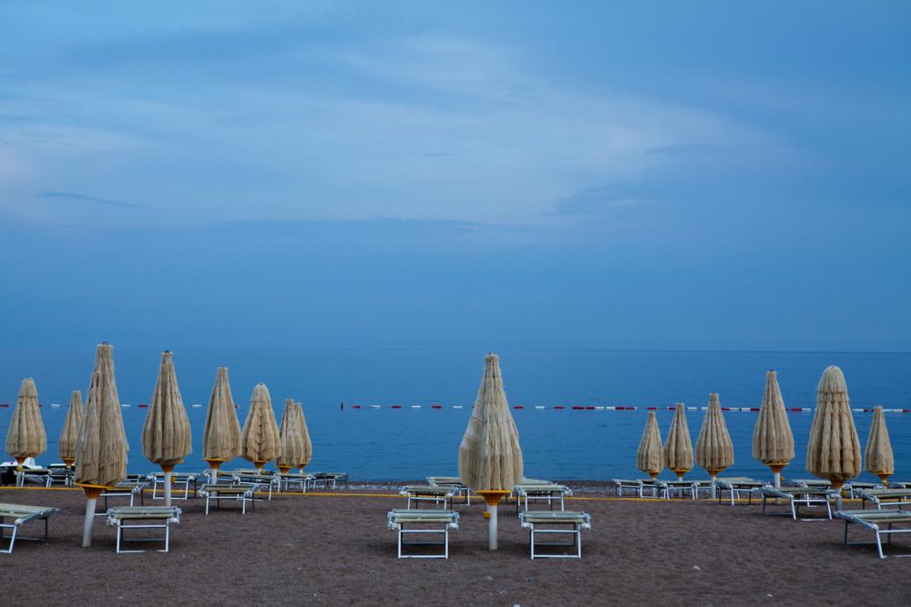 пляж, песок и море